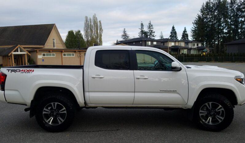 2018 Toyota Tacoma TRD Sport full
